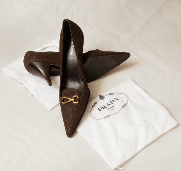 Prada Brown Suede Pointed Toe High Heel Classic Pumps size 39EU Worn Once