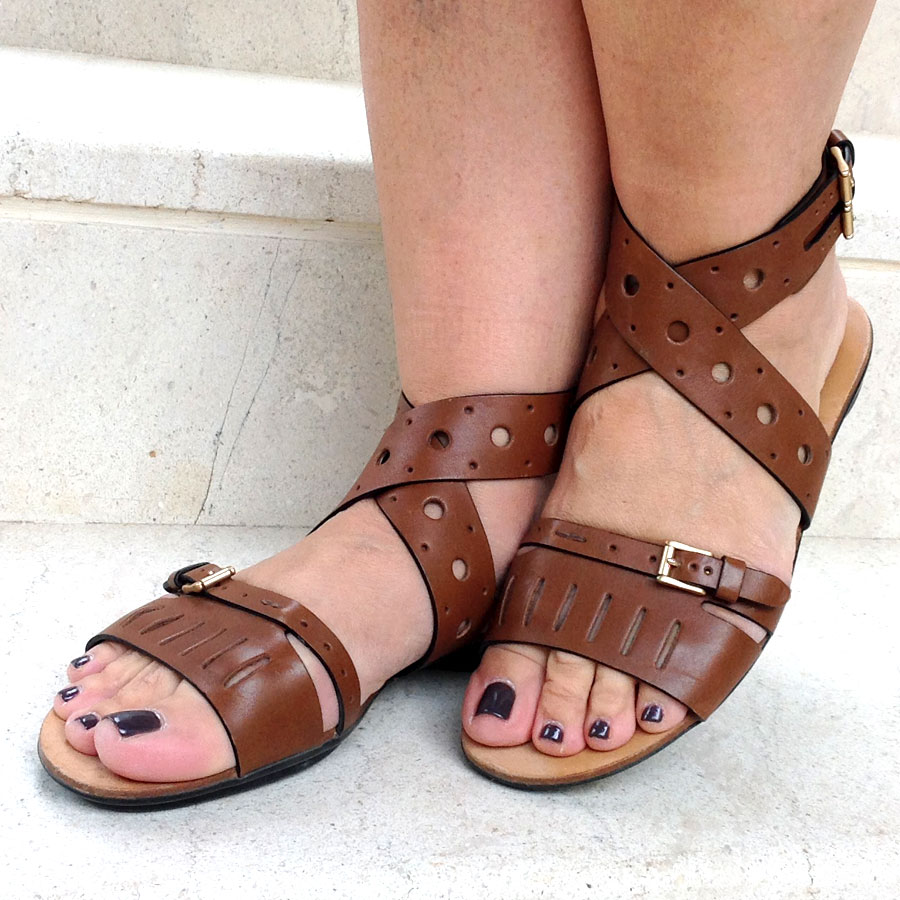 Tod's Brown size 38 IT Flat Forature Sandals in like new condition