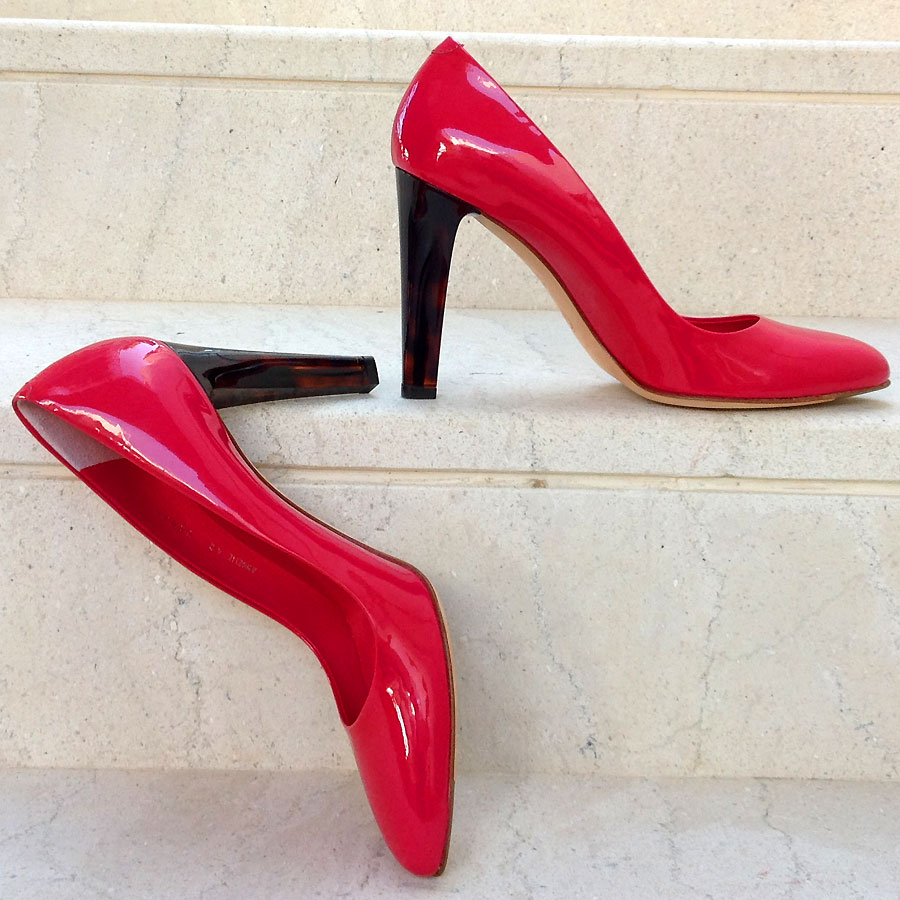 BALLY Italy Fuchsia Red Patent Leather size 40/US 9.5 High Heel Pumps Never worn