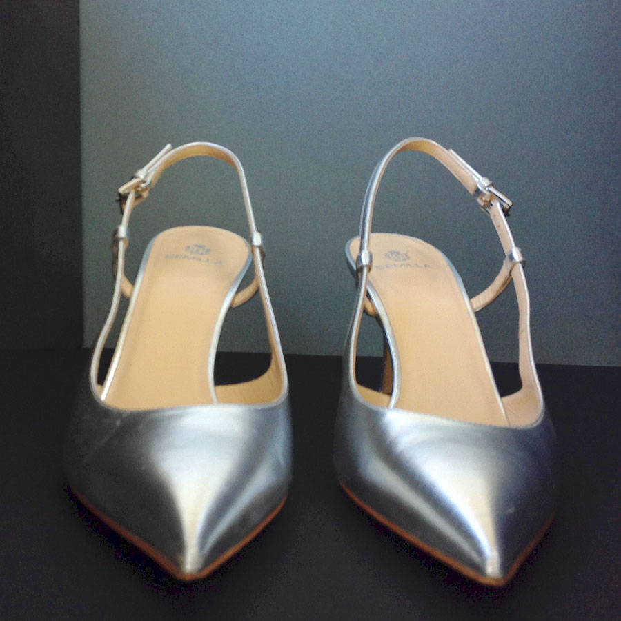 879c86c19a1 Previous. Semilla Court Silver Metallic Leather size 40 Pointed Toe  Slingback Pumps Shoes ...