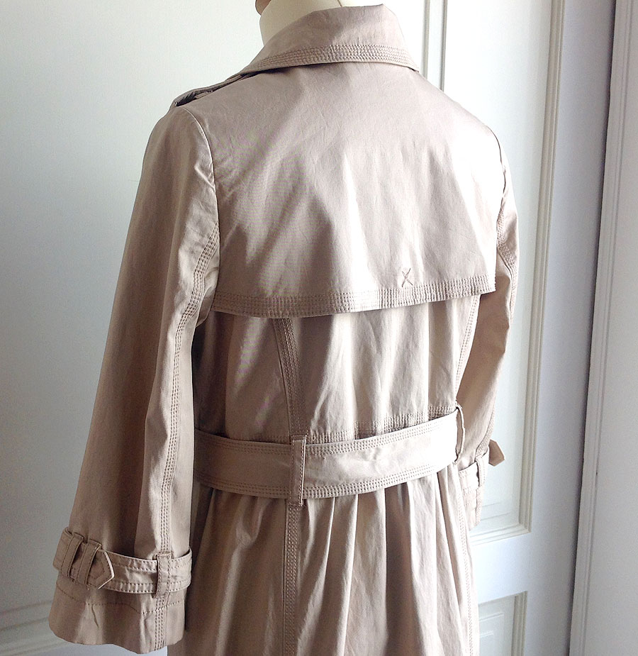 Previous. Juicy Couture Tan Women s Size M Double Breasted Belted Trench  Coat Juicy Couture Tan Women s Size M Double Breasted Belted Trench Coat 5f23e8b91