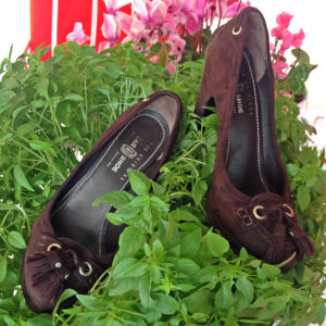 Car Shoe Brown Suede Size 36 1/2 Round-Toe Pumps with Tassel