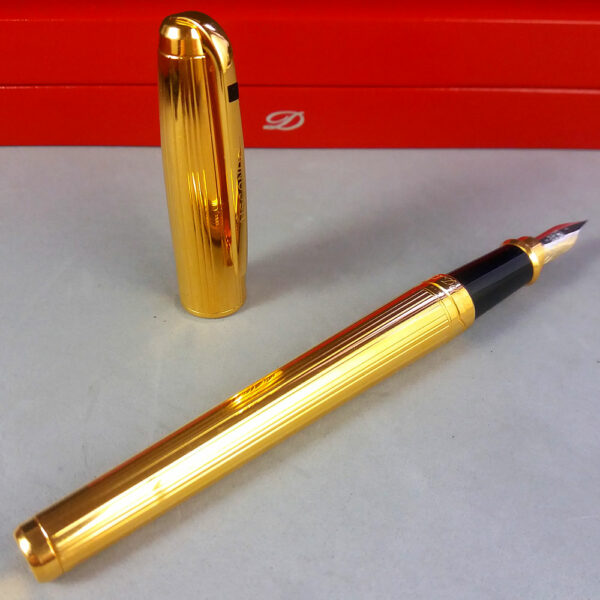 S. T. Dupont Olympio Plac OR Godrons Fountain Pen 18ct 750 F Nib in Box 480203M
