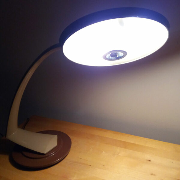 Mid Century Metal Modernist Desk Table Lamp Boomerang 2000 by FASE Madrid