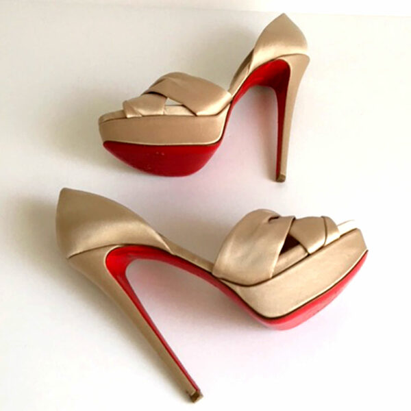 Christian Louboutin Beige Volpi Size 40 Satin Covered Leather Peep Toe Pumps