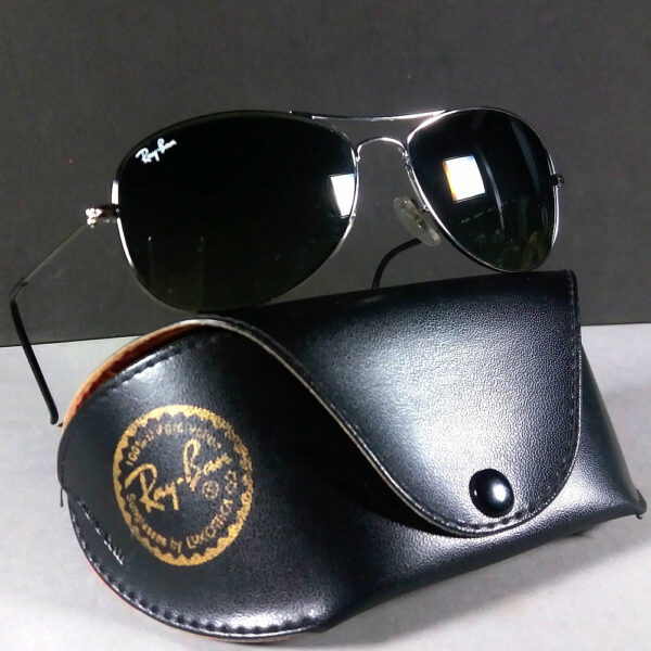 a49b3d516694 Ray Ban RB 3362 004/71 Cockpit Silver Frame Grey Lenses Sunglasses ...