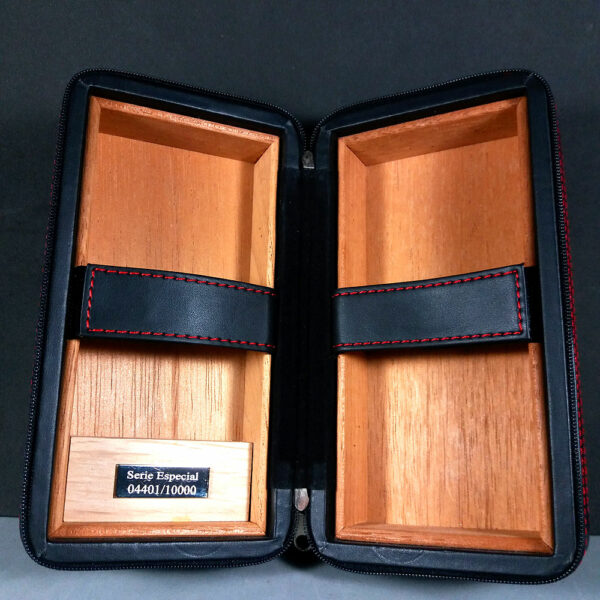 Partagas Habana Serie D Nº4 Travel Humidor Padded Case Especial 04401/10000