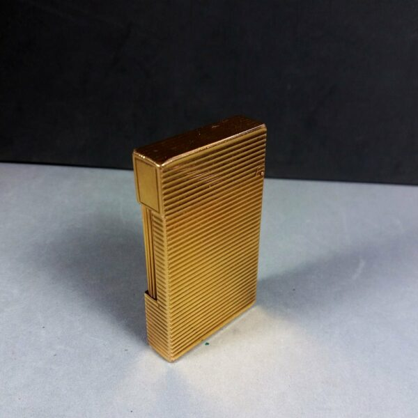 S.T. Dupont Paris Horizontal Lines Motif Gold Ligne 2 Line Gas Lighter Working