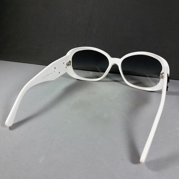Chanel CC 5113 c.716/8G 130 White Camellia Vintage Graduated Sunglasses