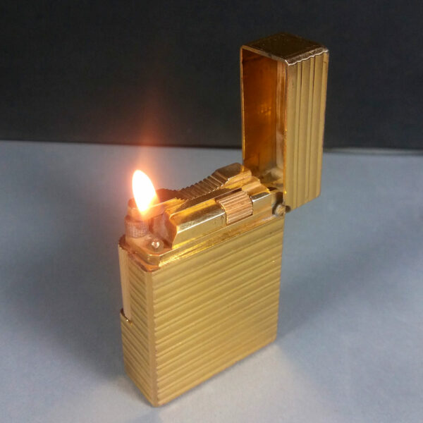 S.T. Dupont Gold Horizontal Line Motif Ligne 1 Small Lighter Working Condition