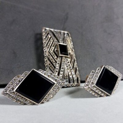 Vintage Art Deco Silver/Black Rheinstone Rectangular Pin Brooch & Earrings Set