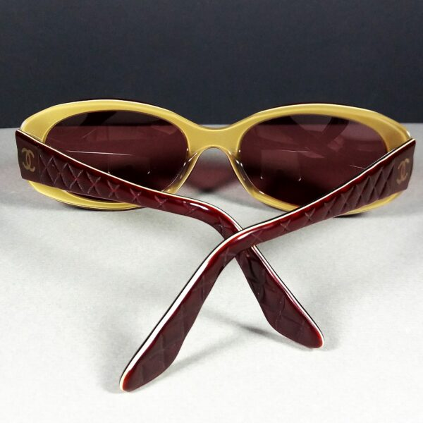 Chanel 5023 c.591 135 Red/Beige CC Logo Quilted Arms Designer Sunglasses
