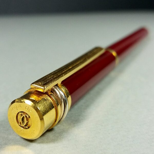 Cartier Must Trinity Red Chinese Lacquer/Gold Plated Trim Fountain Pen 18K Nib