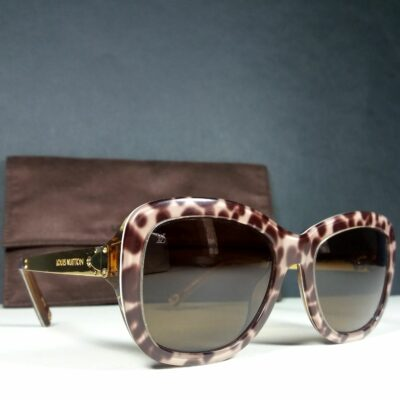 Louis Vuitton Petit Soupcon Carre Z0558W Brown/Taupe Animal Print Sunglasses w/LV Pouch