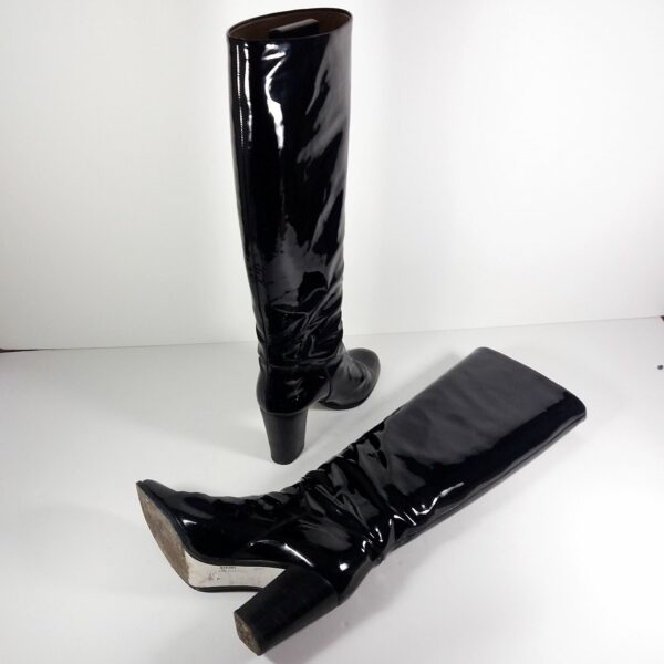 Chanel CC Logo Black Patent Leather Round Toe Size 40 Knee High Boots