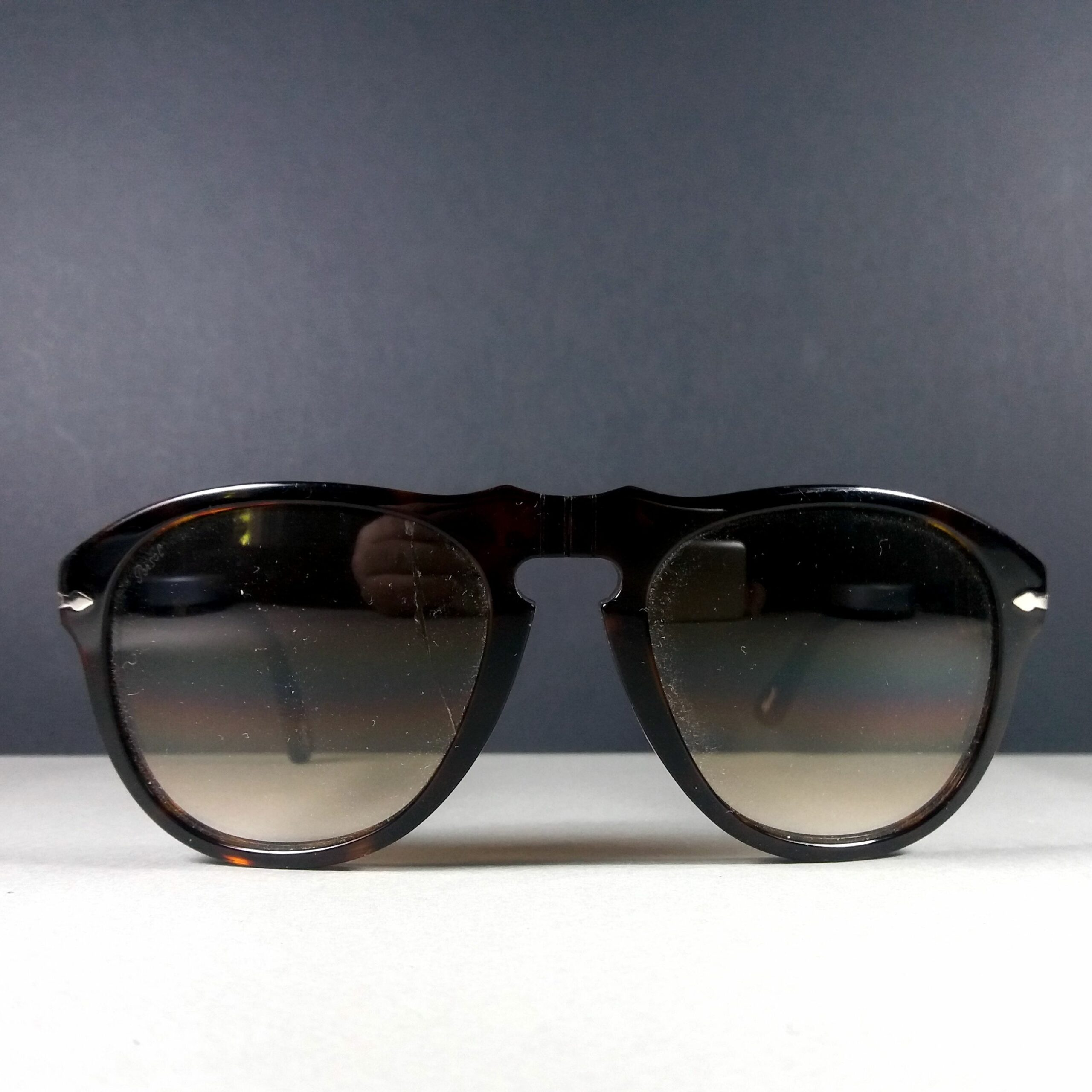 Persol 649 24/51 Havana Brown Tortoise Motif Gradient Sunglasses AS IS