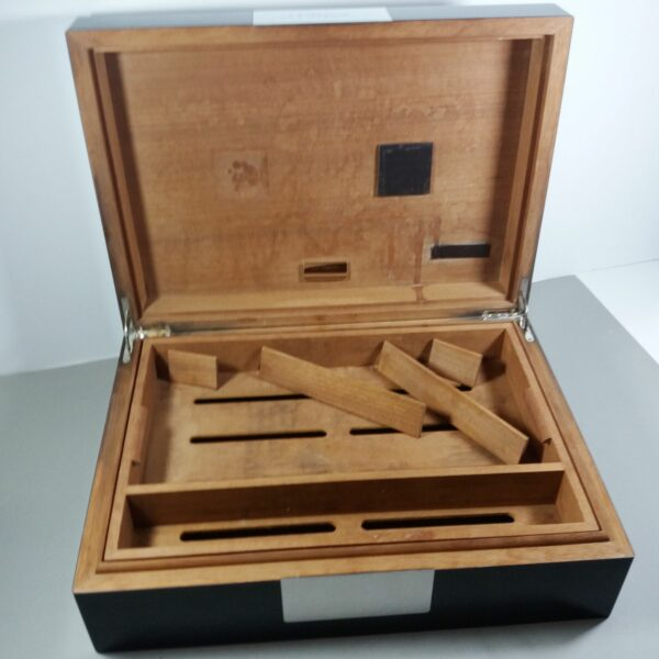 S.T. Dupont Large Black Laque de Chine/Silver Palladium Trim Cigar Box Humidor