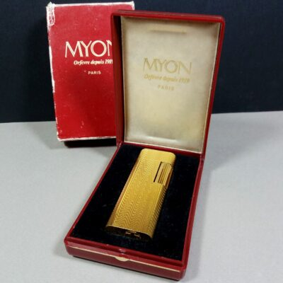 Myon Orfevre Paris Gold tone Metal Gas Lighter in Case and Box