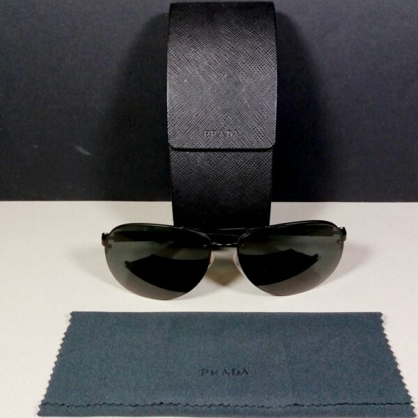 PRADA Unisex Red/Black Large Pilot Sunglasses SPS 56M w/Case & cloth