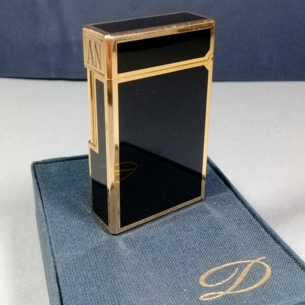 S.T. Dupont Gold/Black Laque de Chine Small Vintage Lighter Papers Case Working